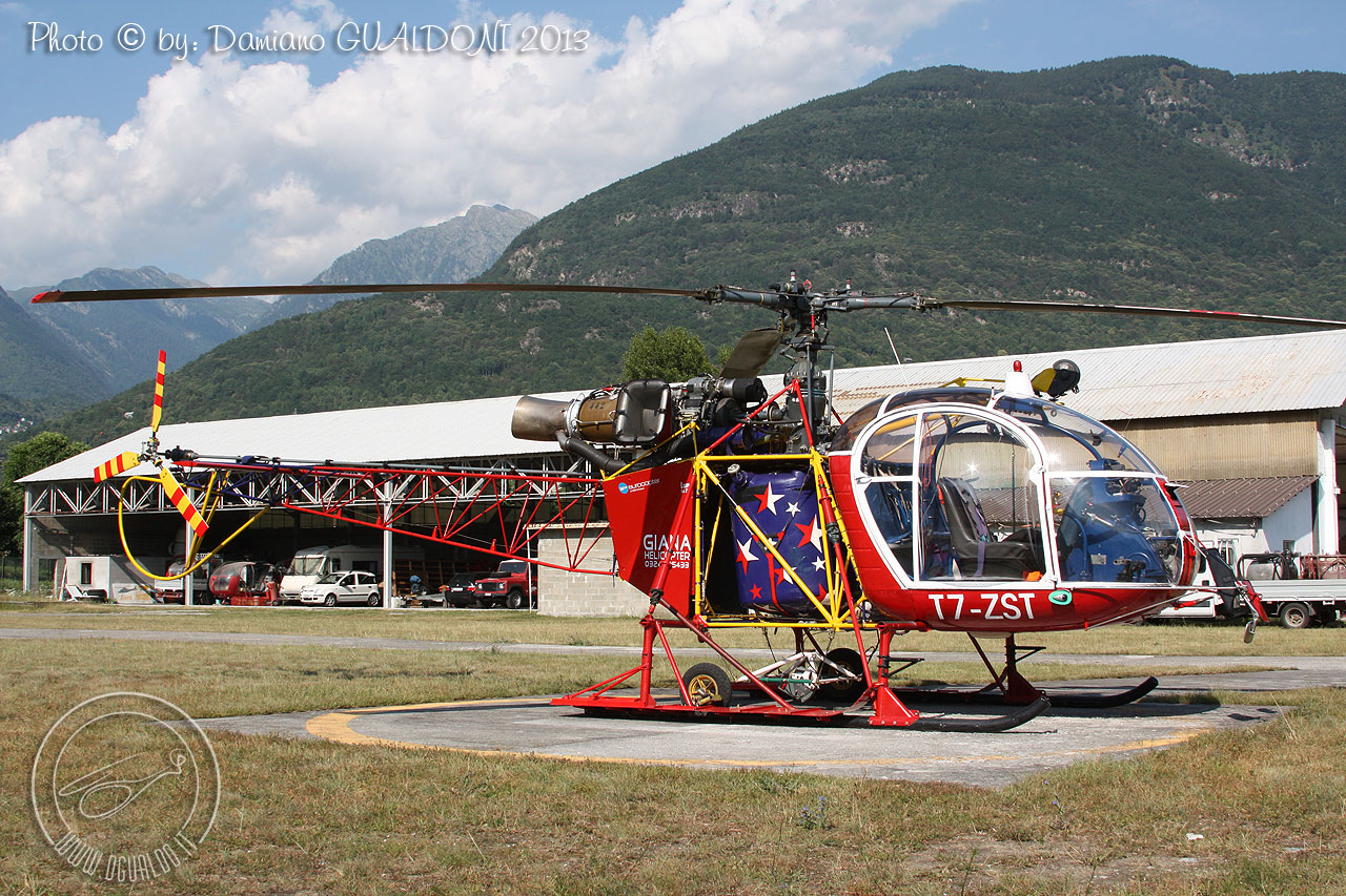 lama heli with T7zst Dgu 002 Wall on F Pdak in addition Hb Xgj besides Air Zermatt in addition Lihat Ini Sosok Cantik Di Balik Valak Conjuring 2 moreover Russian Mi 35 Attack Helicopter Flying.